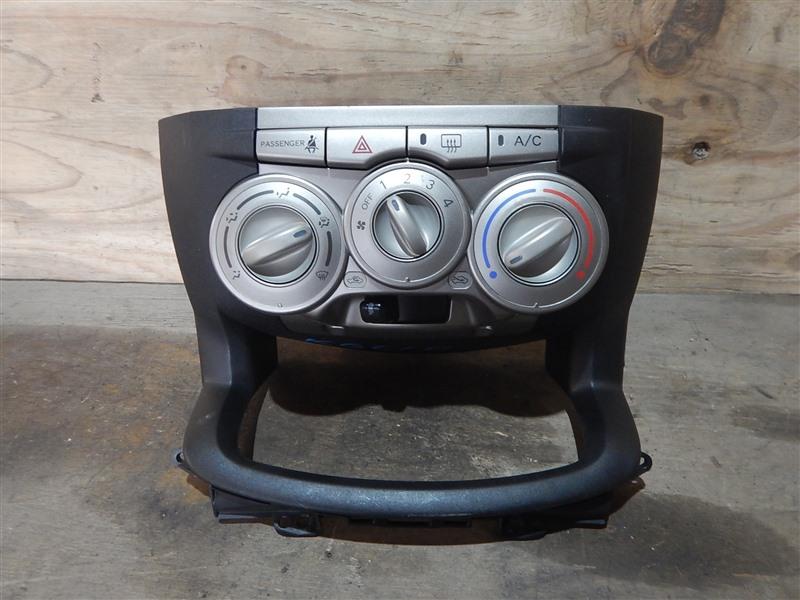 Климат-контроль Toyota Passo KGC10 1KR-FE 2006