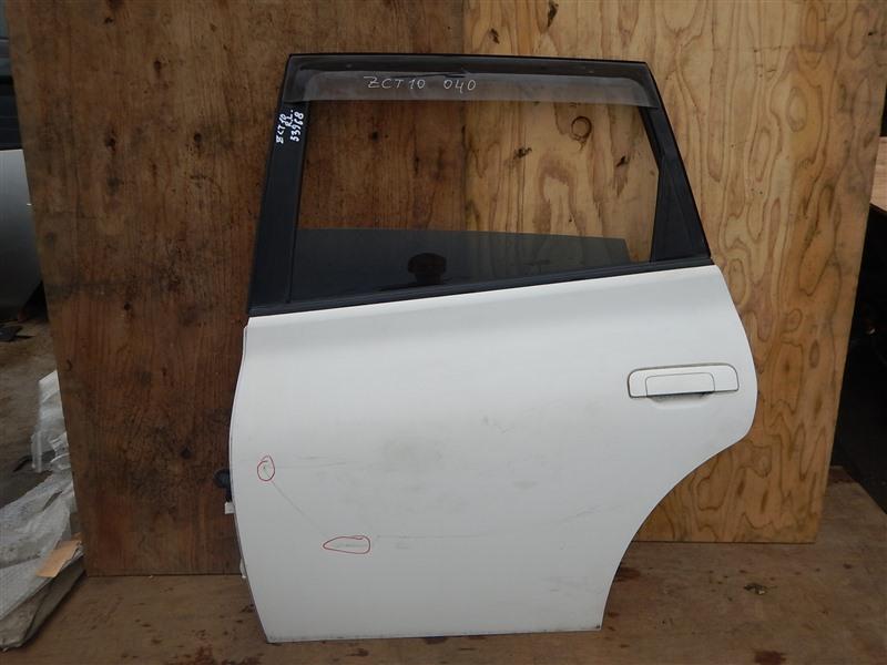 Дверь Toyota Opa ZCT10 1ZZ-FE 2000 задняя левая
