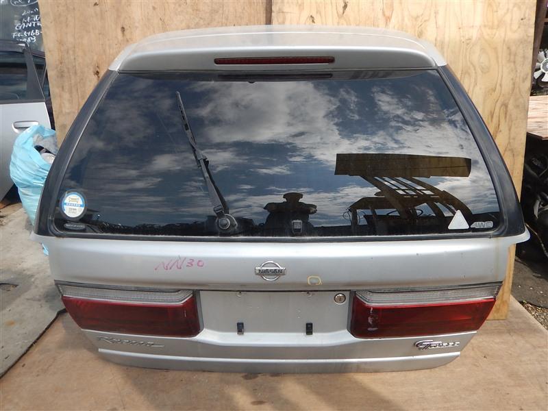 Дверь 5-я Nissan R'nessa NN30 SR20DE