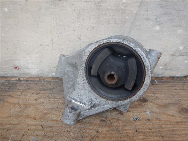 Подушка двигателя Nissan Bluberd QU14 QG18DD левая