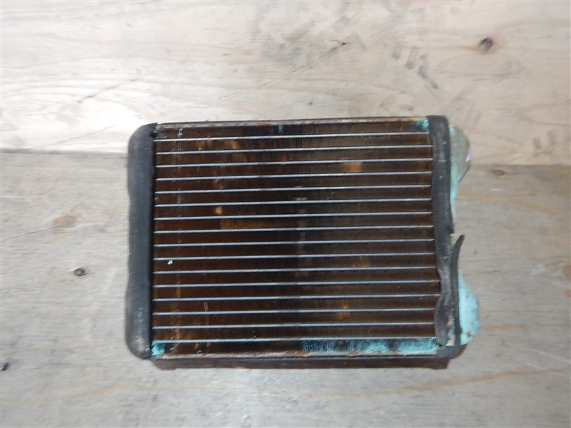 Радиатор печки Mitsubishi Delica PD8W 4M40