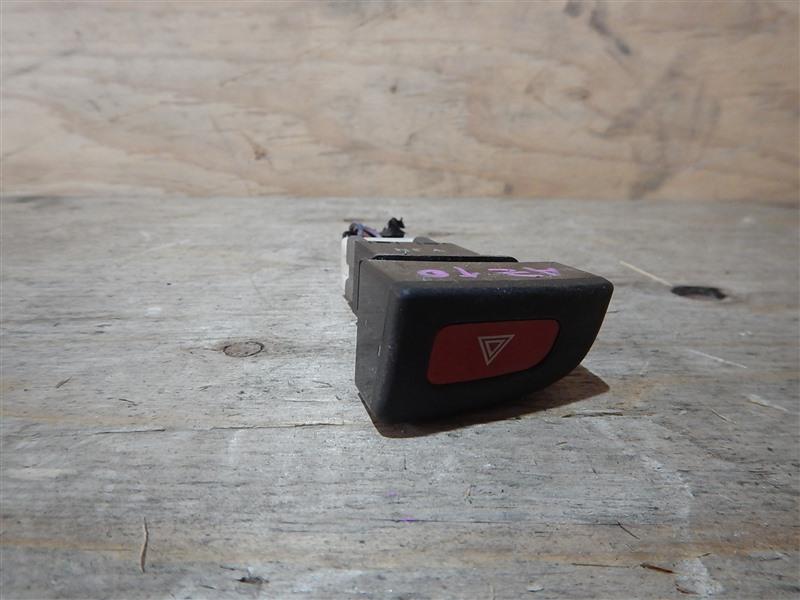 Кнопка Nissan Cube AZ10 CGA3 2001