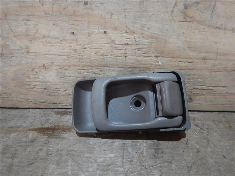 Ручка двери внутренняя Nissan Cube AZ10 CGA3 2001 задняя левая