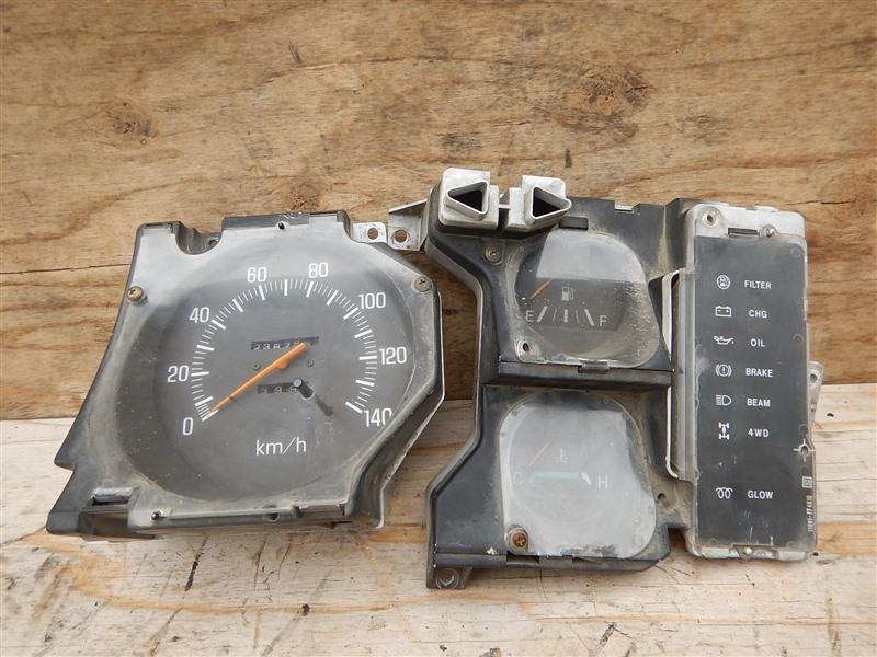 Спидометр Nissan Atlas AMF22 TD27