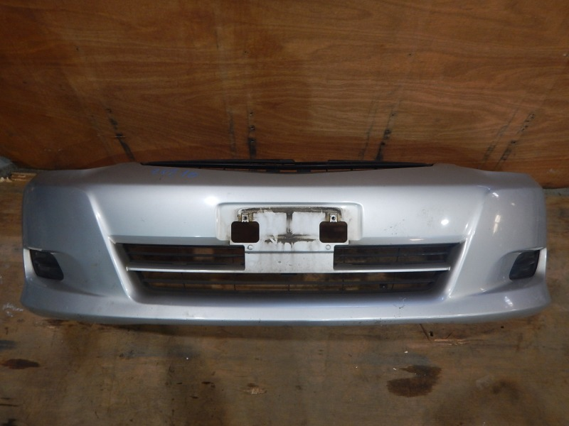 Бампер Toyota Wish ZNE10 1ZZ-FE передний