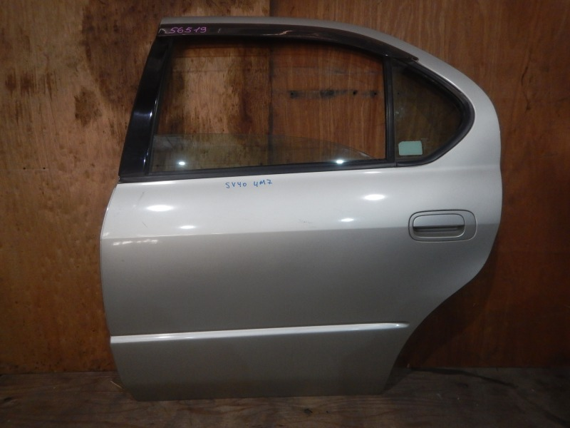 Дверь Toyota Camry SV40 4S-FE 1997 задняя левая
