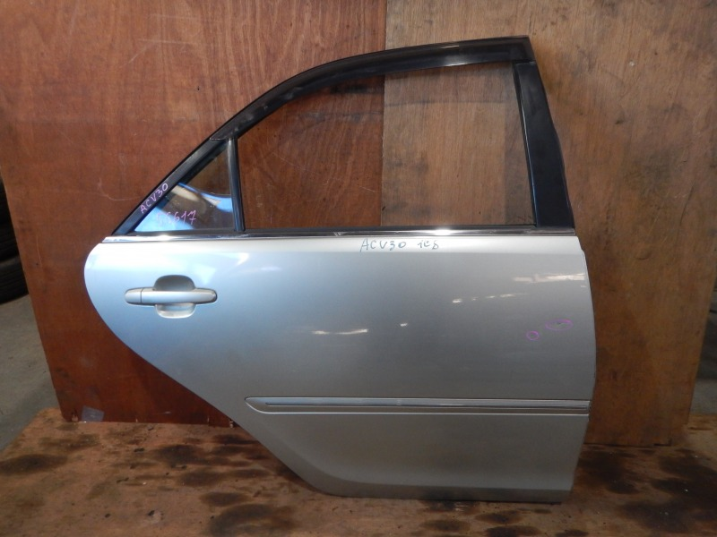 Дверь Toyota Camry ACV30 2AZ-FE задняя правая