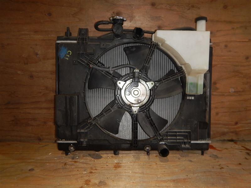 Радиатор Nissan Tiida C11 HR15DE 2009