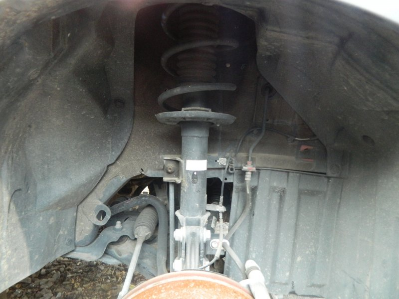 Стойка Suzuki Vitara YD21S M16A 2015 передняя правая
