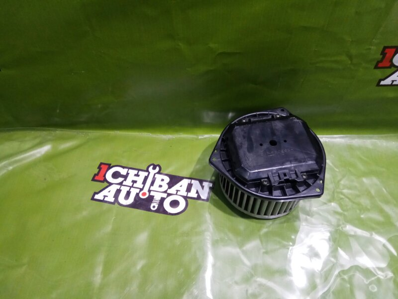 Мотор печки NISSAN FUGA PY50 VQ35DE 27220-EG00A контрактная