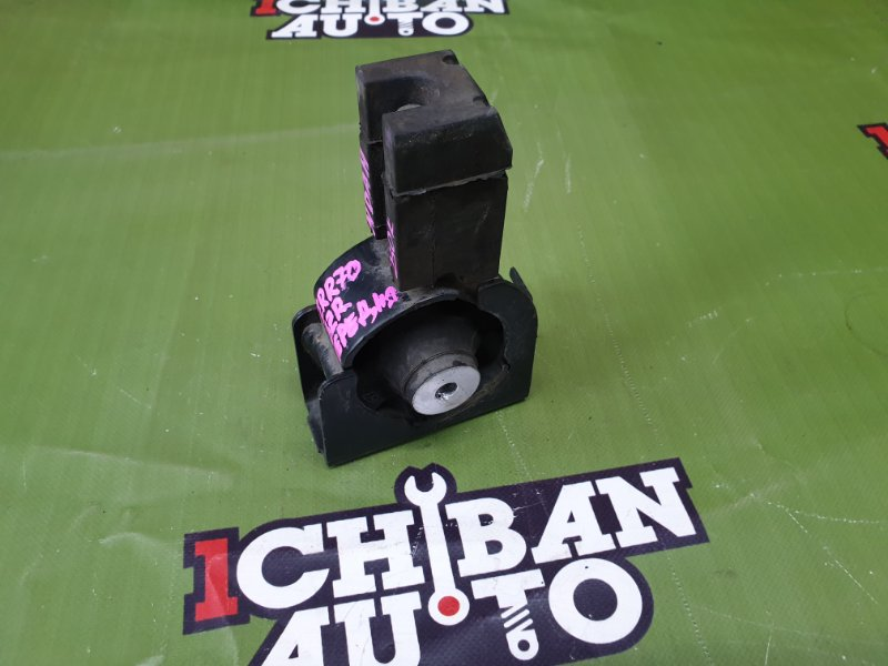 Подушка двигателя передняя NOAH ZRR70 3ZR