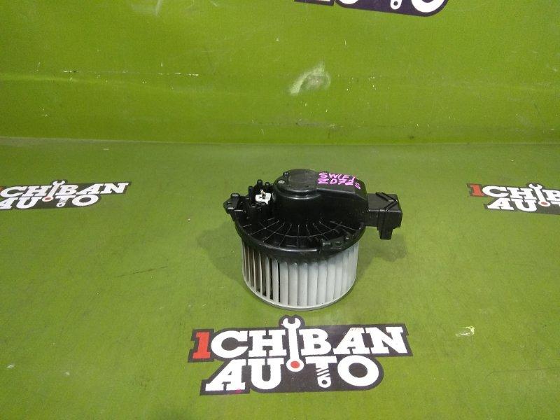 Мотор печки SUZUKI SWIFT ZD72S 7415063J00 контрактная