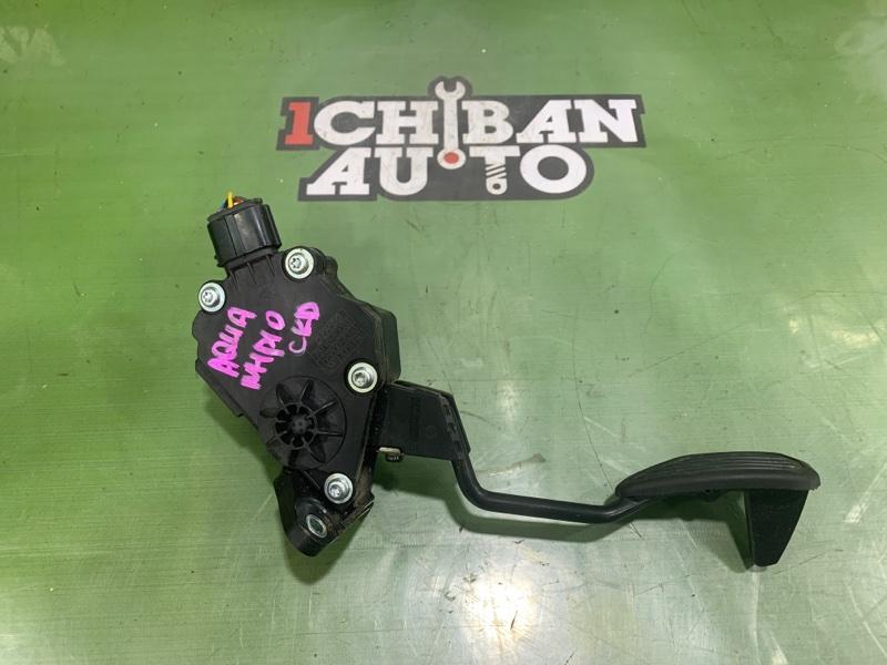 Педаль газа TOYOTA AQUA NHP10 1NZ-FXE 78110-52033 контрактная