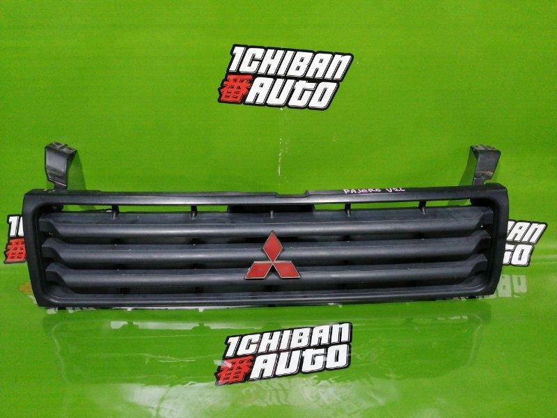 Решетка радиатора передняя MITSUBISHI PAJERO V26 Б/У