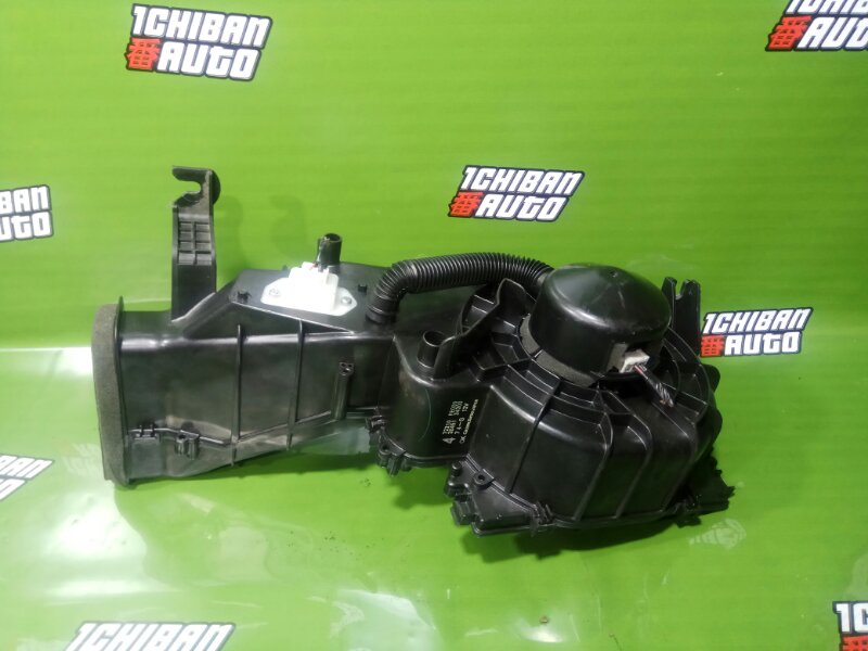 Мотор печки SUBARU IMPREZA GG2 72223FE000 контрактная