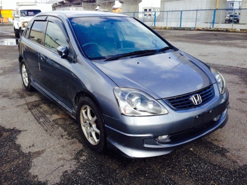 Решетка радиатора Honda Civic EU1 2004 серый 1051