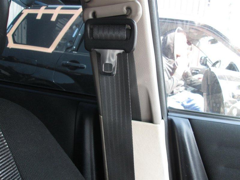 Ремень безопасности Toyota Altezza SXE10 3S-GE 1998 передний черный 1091
