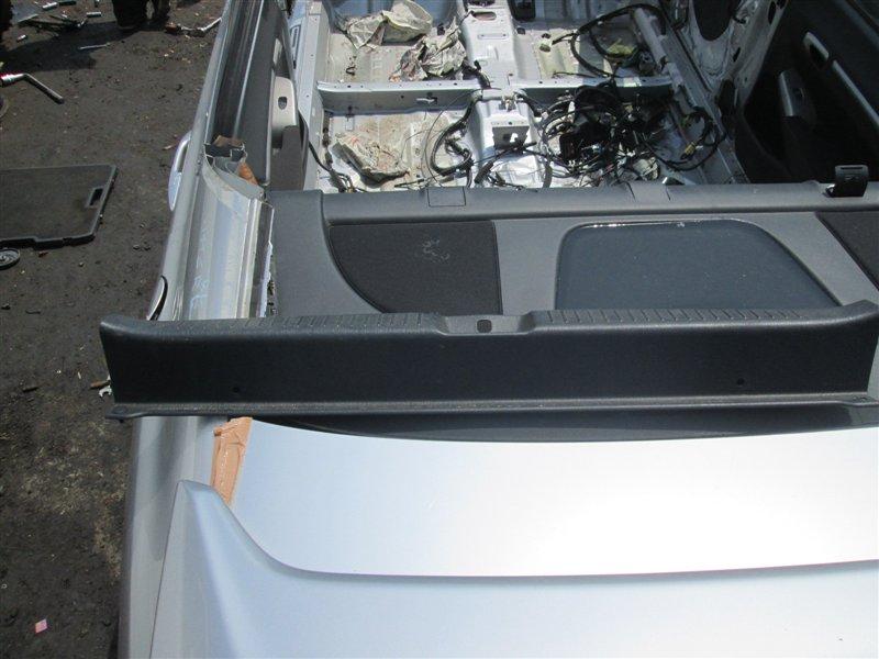 Накладка замка багажника Toyota Caldina ST215 3S-GTE 2001 1120
