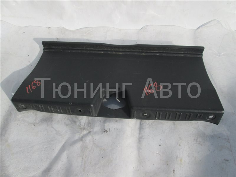 Накладка замка багажника Honda Inspire UA5 J32A 2002 1168