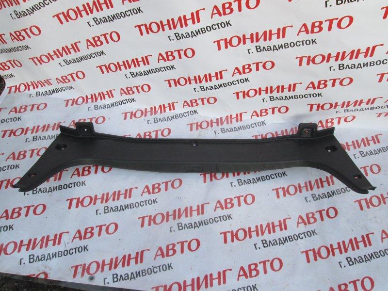 Накладка замка багажника Toyota Crown GRS182 3GR-FSE 2004 1174