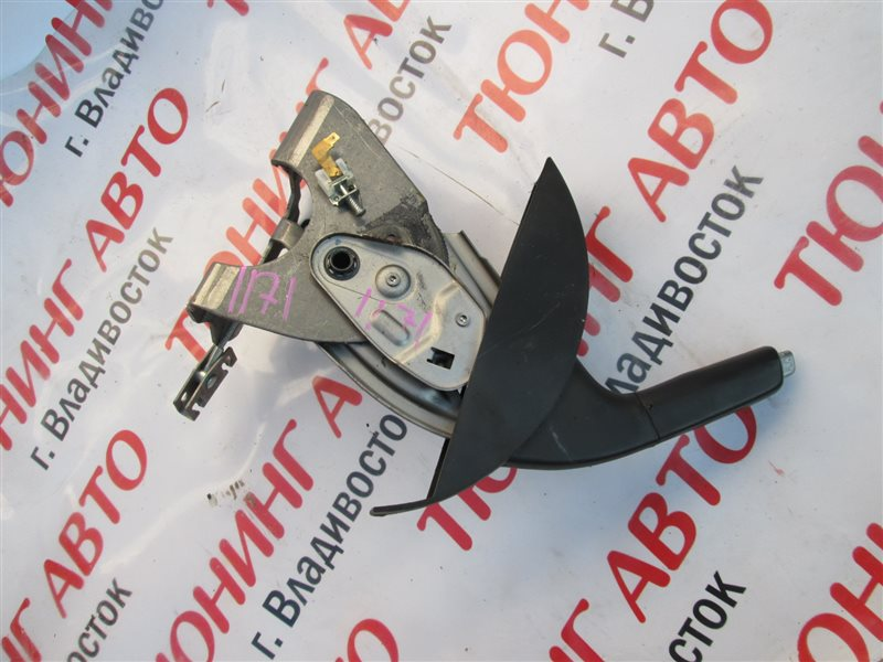 Ручка ручника Nissan Dualis KNJ10 MR20DE 2008 1171