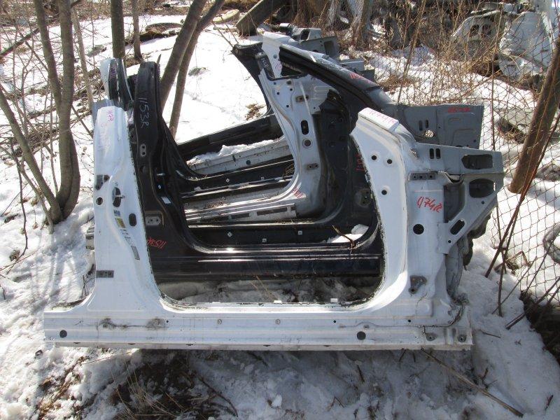 Порог кузова Toyota Crown GRS182 3GR-FSE 2004 правый белый 062 1174