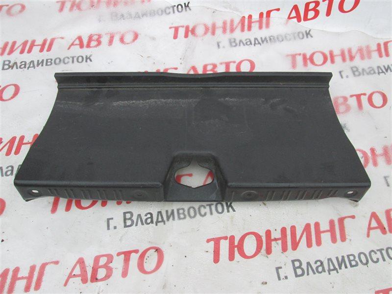 Накладка замка багажника Honda Inspire UA5 J32A 2002 1179