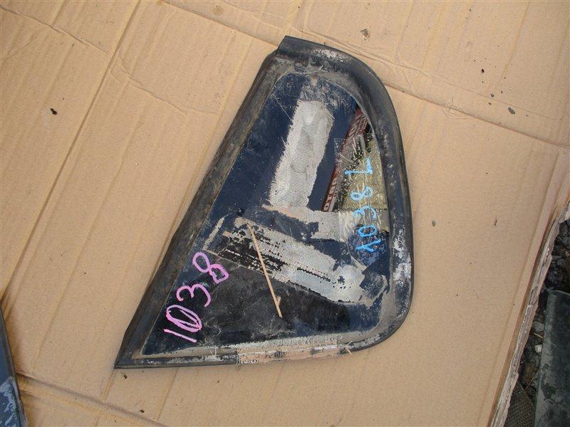 Стекло собачника Mitsubishi Colt Z27A 4G15T 2007 левое черный 1038