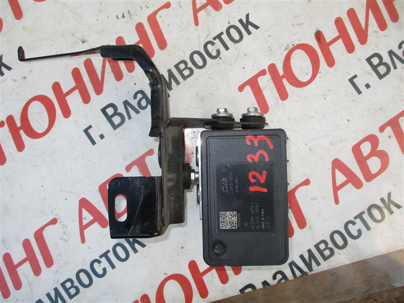Блок abs Nissan Note E12 HR12DDR 2012 1233