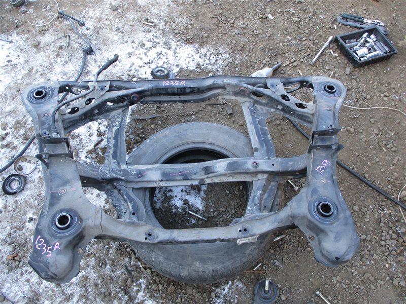 Балка подвески Honda Inspire UC1 J30A 2003 задняя 1235