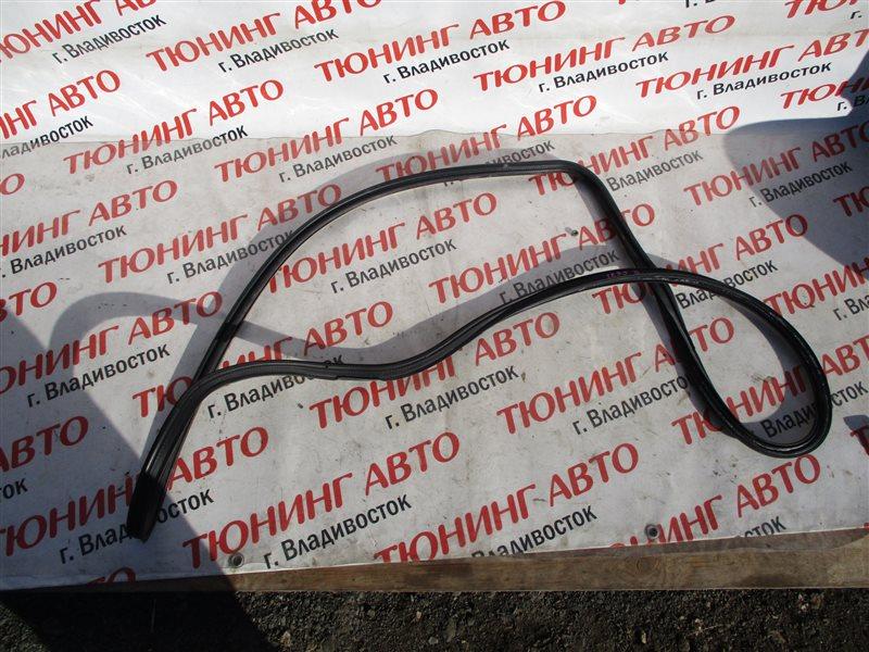 Уплотнительная резинка багажника Honda Inspire UC1 J30A 2003 1235