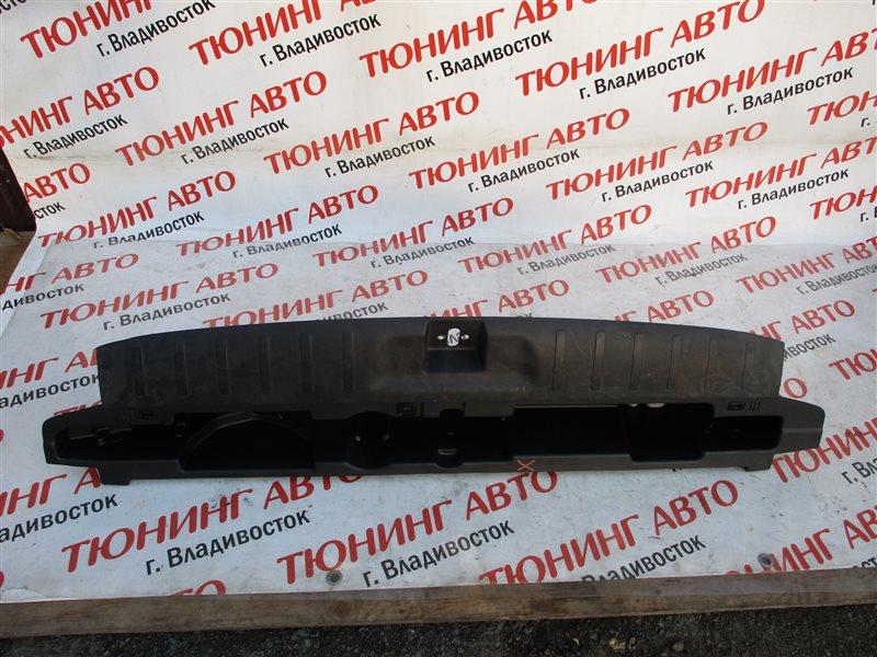 Накладка замка багажника Honda Crossroad RT4 R20A 2007 1231