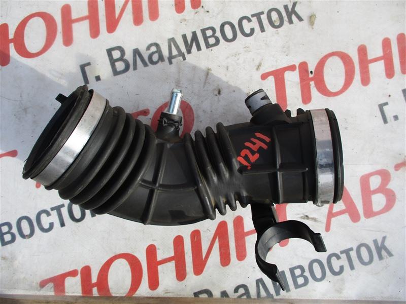 Патрубок воздушн.фильтра Honda Civic FD2 K20A 2006 1241