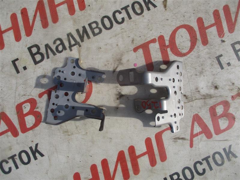 Крепление магнитофона Toyota Blade AZE156H 2AZ-FE 2007 1250