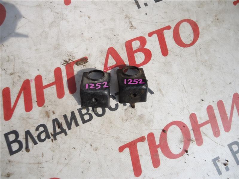 Крепление радиатора кондиционера Honda Stepwgn RG4 K24A 2006 1252