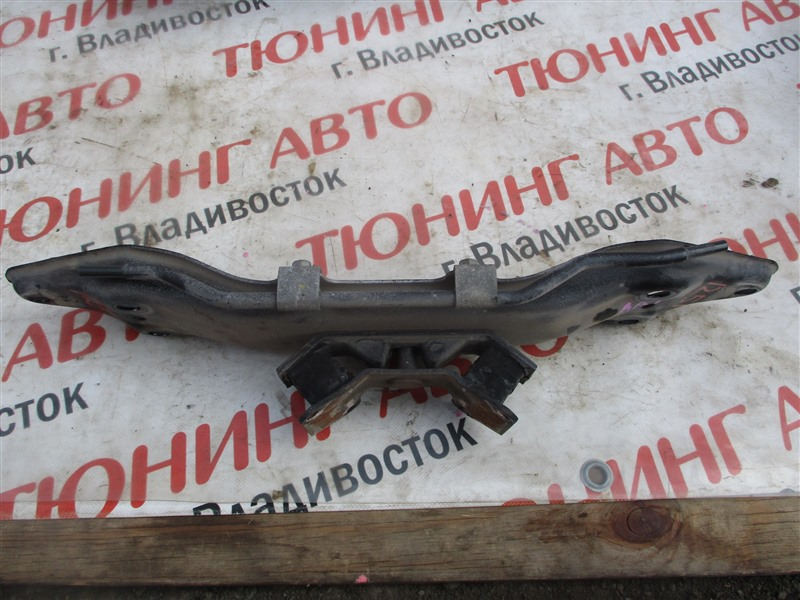 Подушка кпп Subaru Forester SF5 EJ205 2002 1251