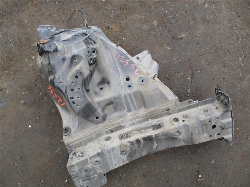 Лонжерон Toyota Ist ZSP110 2ZR-FE 2007 передний левый 1253