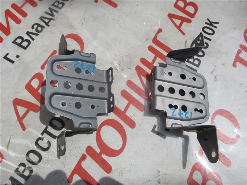 Крепление магнитофона Honda Crv RE4 K24A 2008 1272