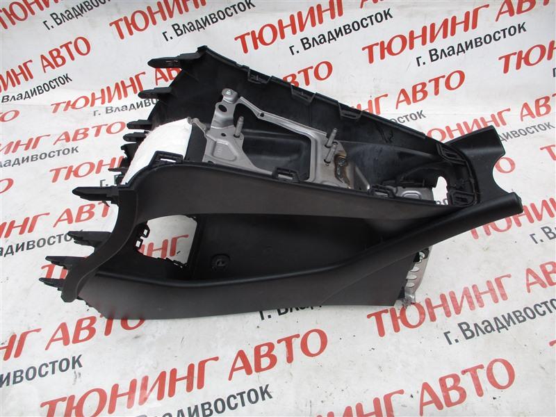 Консоль между сидений Toyota Prius ZVW30 2ZR-FXE 2012 1283