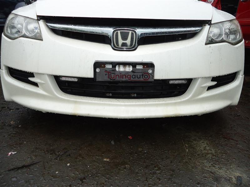 Решетка радиатора Honda Civic FD1 R18A 2005 белый nh624px 1284