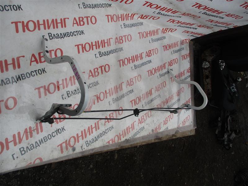 Петля крышки багажника Honda Civic FD1 R18A 2005 белый nh624px 1284