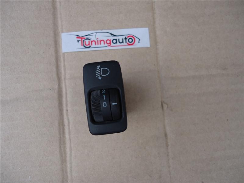 Кнопка Toyota Ipsum ACM21W 2AZ-FE 2004 1187