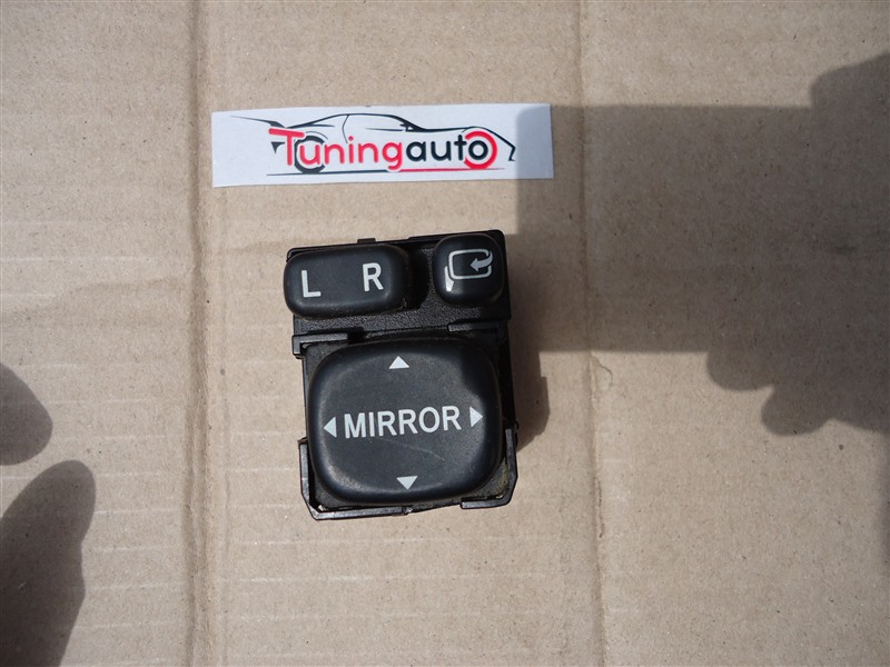 Кнопка Toyota Corolla Rumion ZRE152 2ZR-FE 2007 1247
