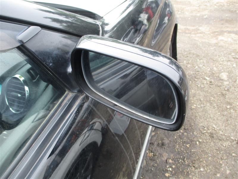 Зеркало Toyota Verossa JZX110 1JZ-FSE 2001 правое черный 202 1294