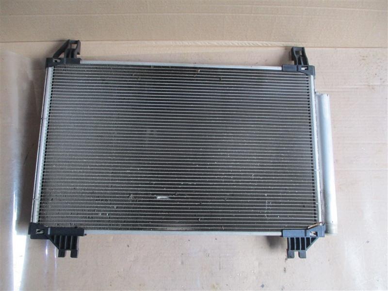 Радиатор кондиционера Toyota Ractis NCP120 1NZ-FE 2011 1293