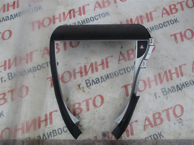 Консоль магнитофона Toyota Ractis NCP120 1NZ-FE 2011 1293