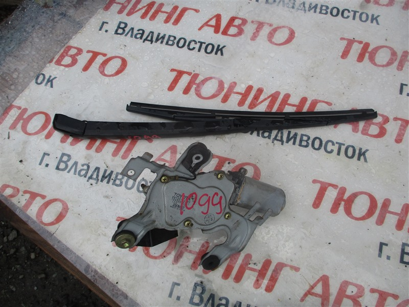 Держатель дворника Toyota Markii JZX110 1JZ-FSE 2003 задний 1099