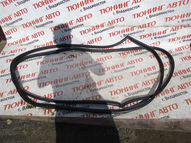 Уплотнительная резинка дверей Honda Cr-Z ZF1 LEA 2012 левая 1295