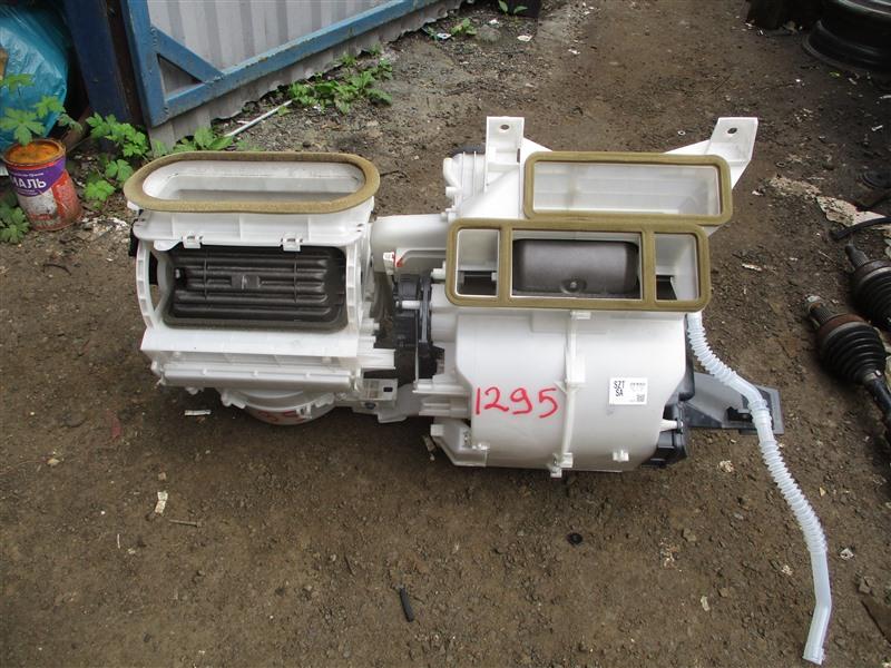 Мотор печки Honda Cr-Z ZF1 LEA 2012 1295