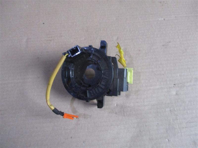 Шлейф-лента air bag Toyota Ractis NCP100 3030